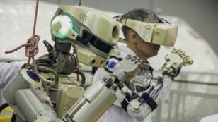 الروبوت البشري الروسي فيدور.