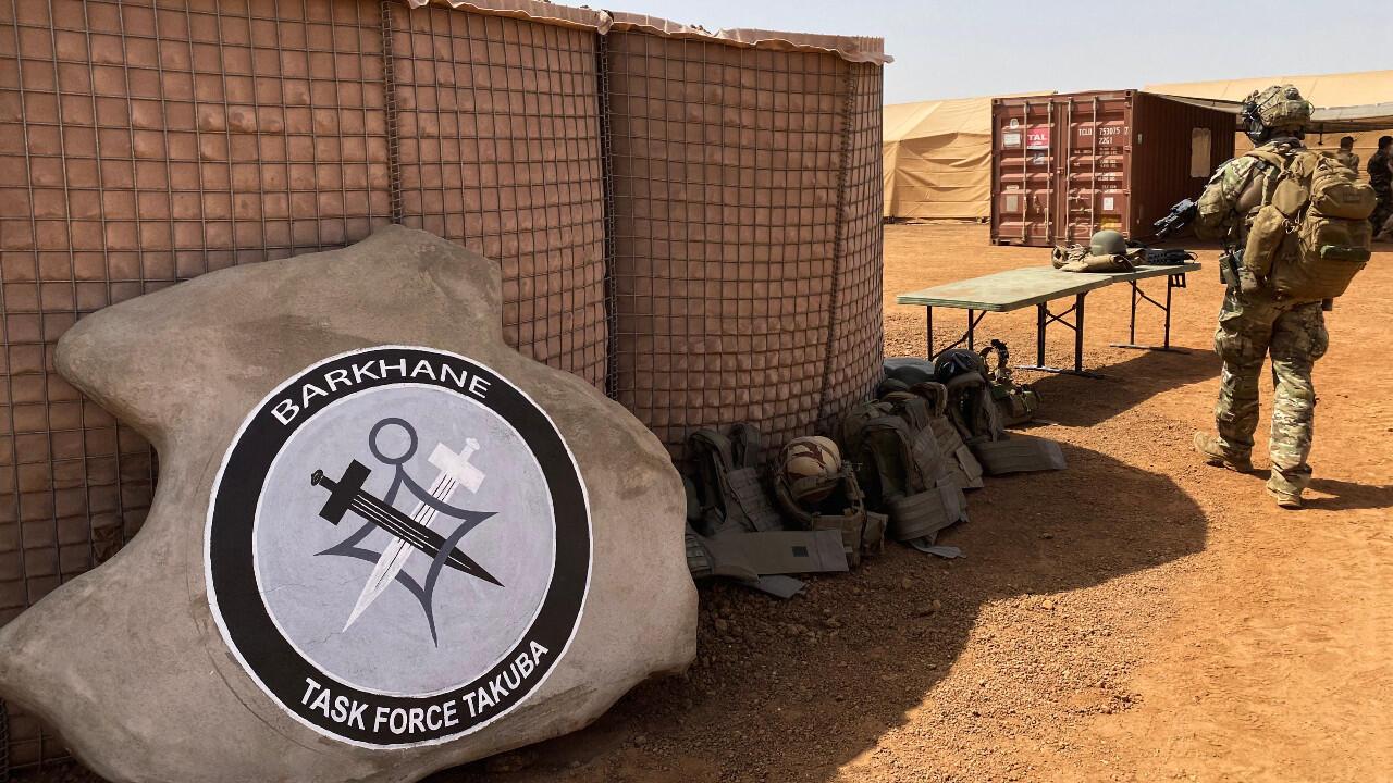 Fin de l'opération Barkhane : quelle stratégie pour les forces françaises au Sahel ?