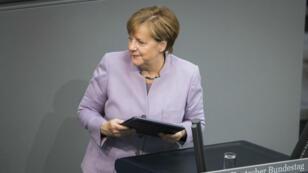 Angela Merkel lors d'un discours au Bundestag, la chambre basse du Parlement, le 27 avril 2017.