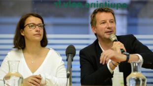 La secrétaire nationale d'Europe Écologie-Les Verts, Cécile Duflot (à gauche), a été éliminée au premier tour de la primaire de son parti politique, notamment au profit du député européen Yannick Jadot (à droite).
