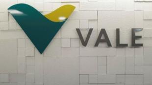 Logotivo de la compañía minera Vale, la de mayor producción y exportación mundial de hierro. Archivo.