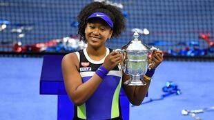 Tenis Osaka US Open trofeo