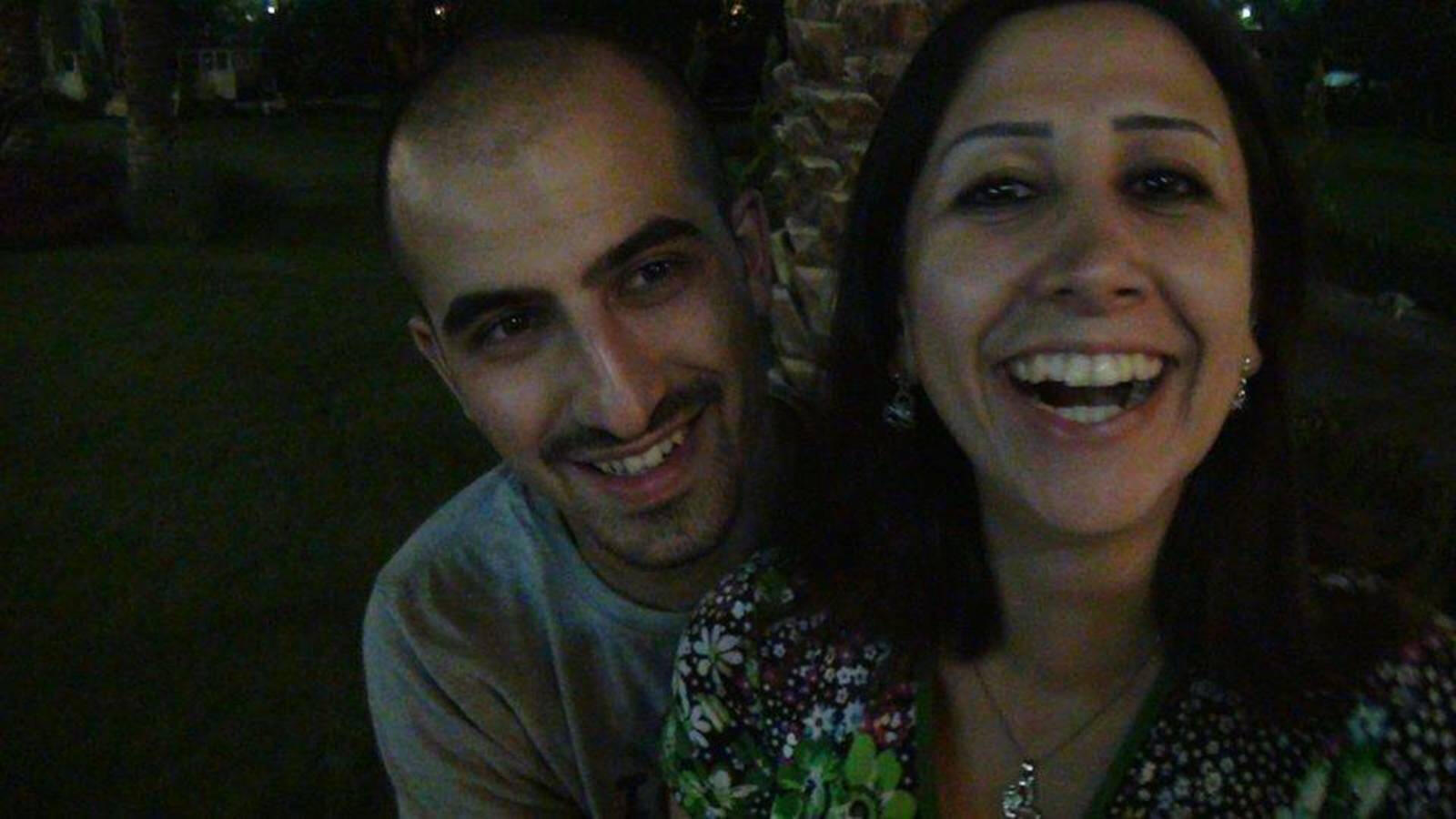 Bassel Khartabil Safadi et Noura Ghazi le jour de leurs fiançailles, à Damas, en 2012.