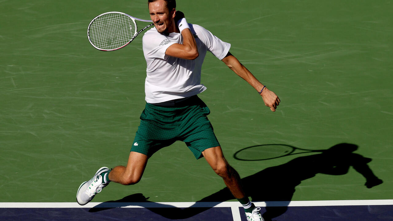 US Open champions Medvedev, Raducanu pull out of Moscow - France 24