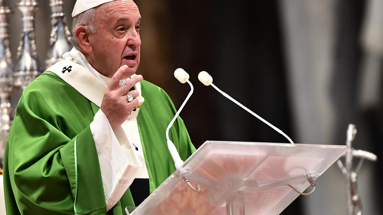 Pope to visit Hiroshima on anti-nuclear weapon mission - FRANCE 24