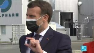 2021-04-09 12:06 Covid-19 en France : Emmanuel Macron annonce les progrès du vaccin Sanofi