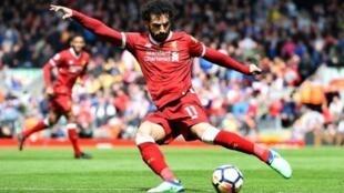 محمد صلاح خلال مباراة فريقه ليفربول ضد ستوك سيتي، 28 نيسان/أبريل 2018.