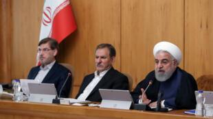 El presidente iraní, Hassan Rohani, habla durante la reunión del gabinete en Teherán, Irán, el 18 de septiembre de 2019.
