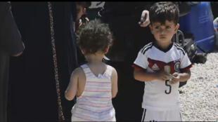 Des milliers de réfugiés Syriens attendent de rentrer chez eux pour célébrer l'Aïd el-Adha, le 12 septembre 2016.