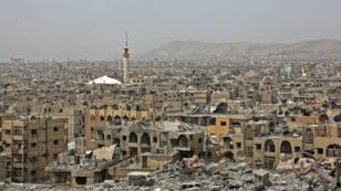 Une vue du quartier de Douma, à Damas, le 17 avril 2018.