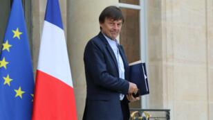 Le ministre de la Transition écologique Nicolas Hulot, jeudi 2 novembre 2017, sortant de l'Élysée.