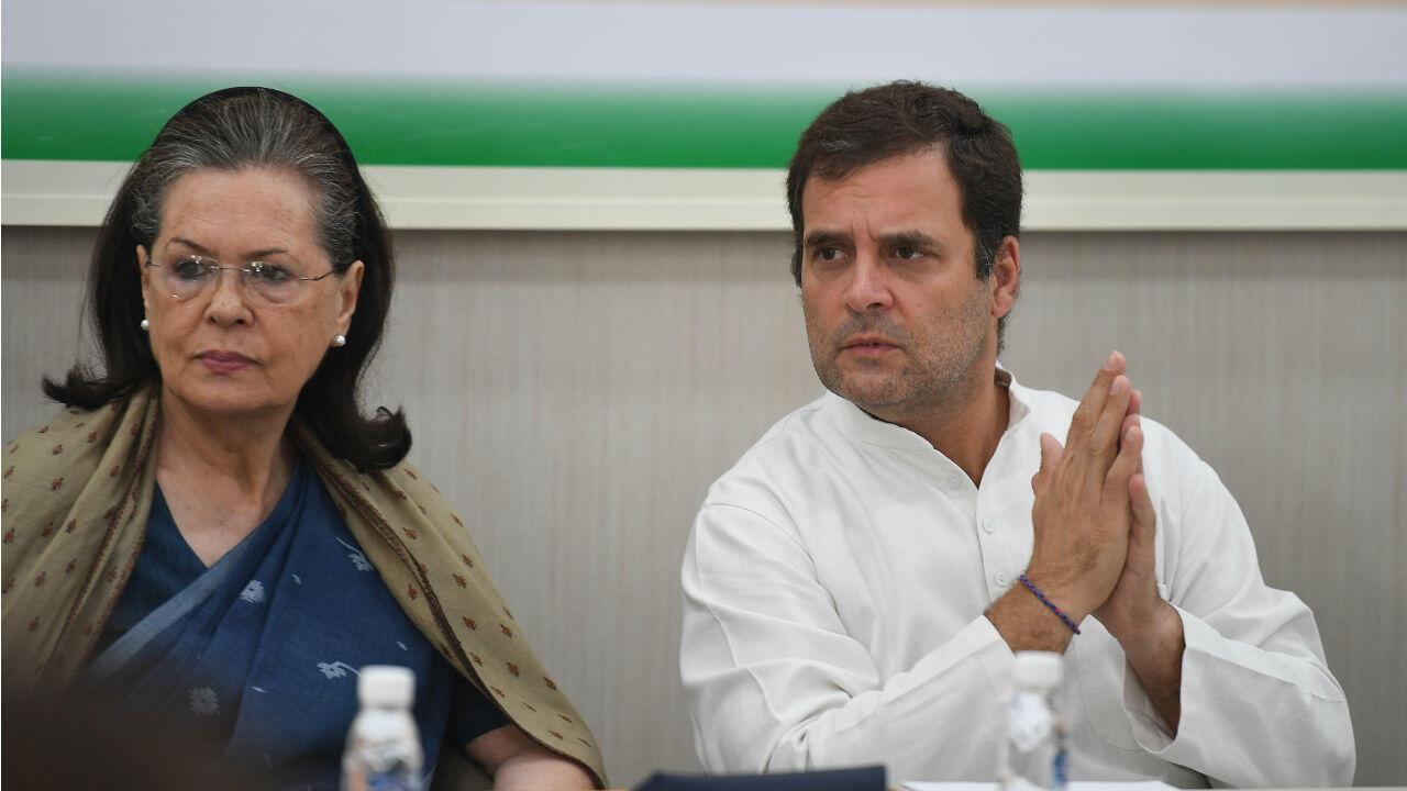 Rahul Gandhi et sa mère Sonia lors d'un rassemblement du Congrès, le 25 mai.
