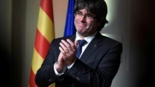 الرئيس الانفصالي لإقليم كاتالونيا كارلس بيغديمونت