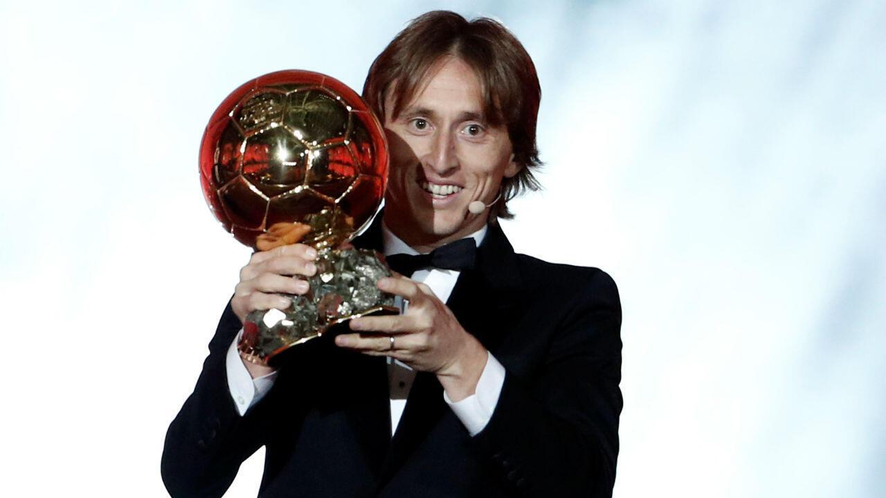 Le Croate Luka Modric s'est vu attribuer le Ballon d'Or 2018.