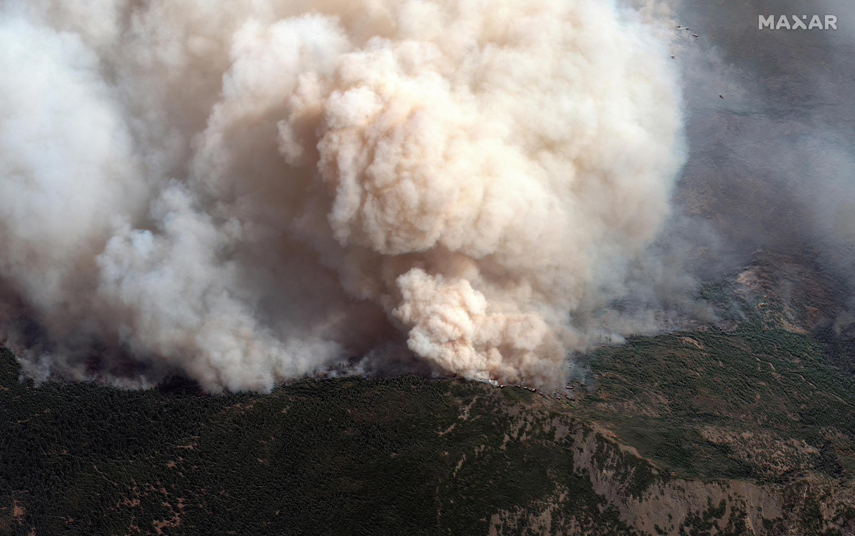 صورة قمر صناعي تُظهر حجم الحرائق شمال ساحل كاليفورنيا. 14 سبتمبر2020