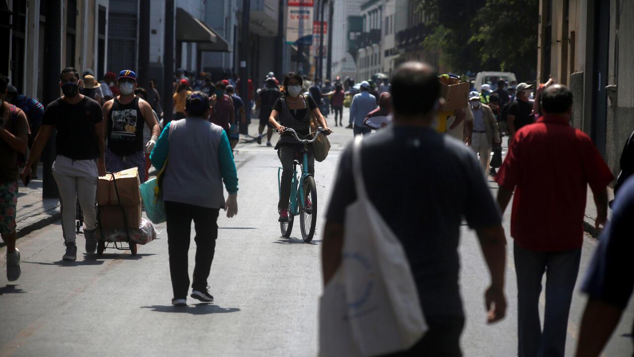 A pesar de que todo Perú ha estado en aislamiento por el Covid-19 desde marzo, así se veían las calles de Lima, la capital, el 8 de mayo de 2020.