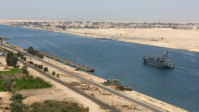 Le canal de Suez pourrait bientôt avoir un petit frère.