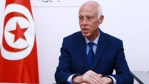 Le candidat à la présidence tunisienne et professeur de droit, Kaïs Saïed, lors d'une conférence de presse, le 16 septembre 2019 à Tunis.