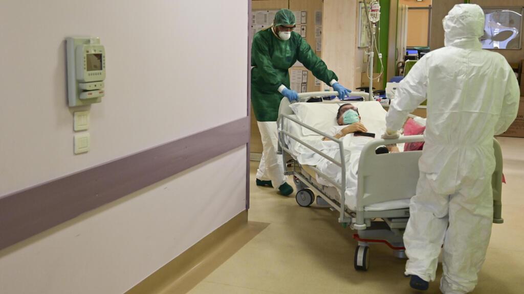 Covid-19 en Italie : 19 000 morts de plus que les chiffres officiels, selon la Sécurité sociale