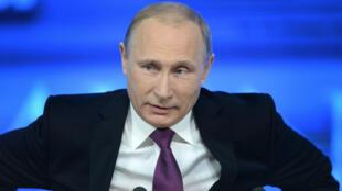 Le président russe Vladimir Poutine, lors de la traditionnelle conférence de presse de fin d'année, le 18 décembre 2014.