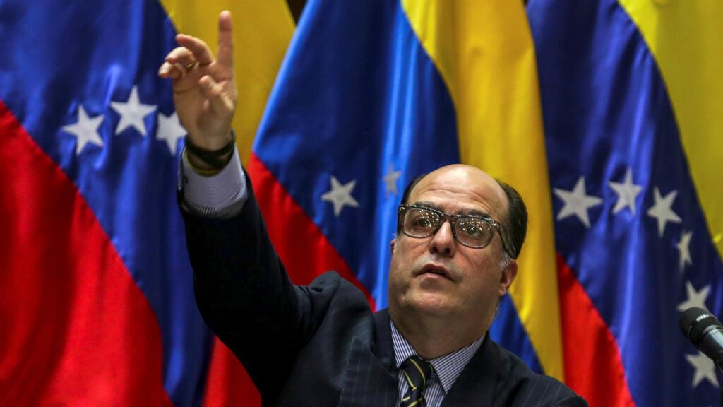 El presidente de la Asamblea Nacional de Venezuela, el diputado Julio Borges, en una reunión de comisiones del cuerpo legislativo en Caracas.