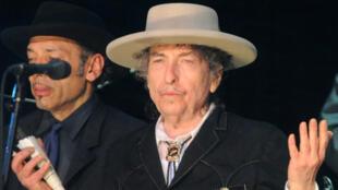 Bob Dylan lors du festival Bluesfest près de Byron Bay, en Australie, le 25 avril 2011.
