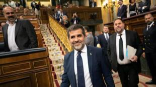 Emprisonnés depuis un an, Jordi Sanchez et Oriol Junqueras ont quitté la prison de Madrid le temps de prêter serment au Parlement espagnol, le 21 mai.  21, 2019.