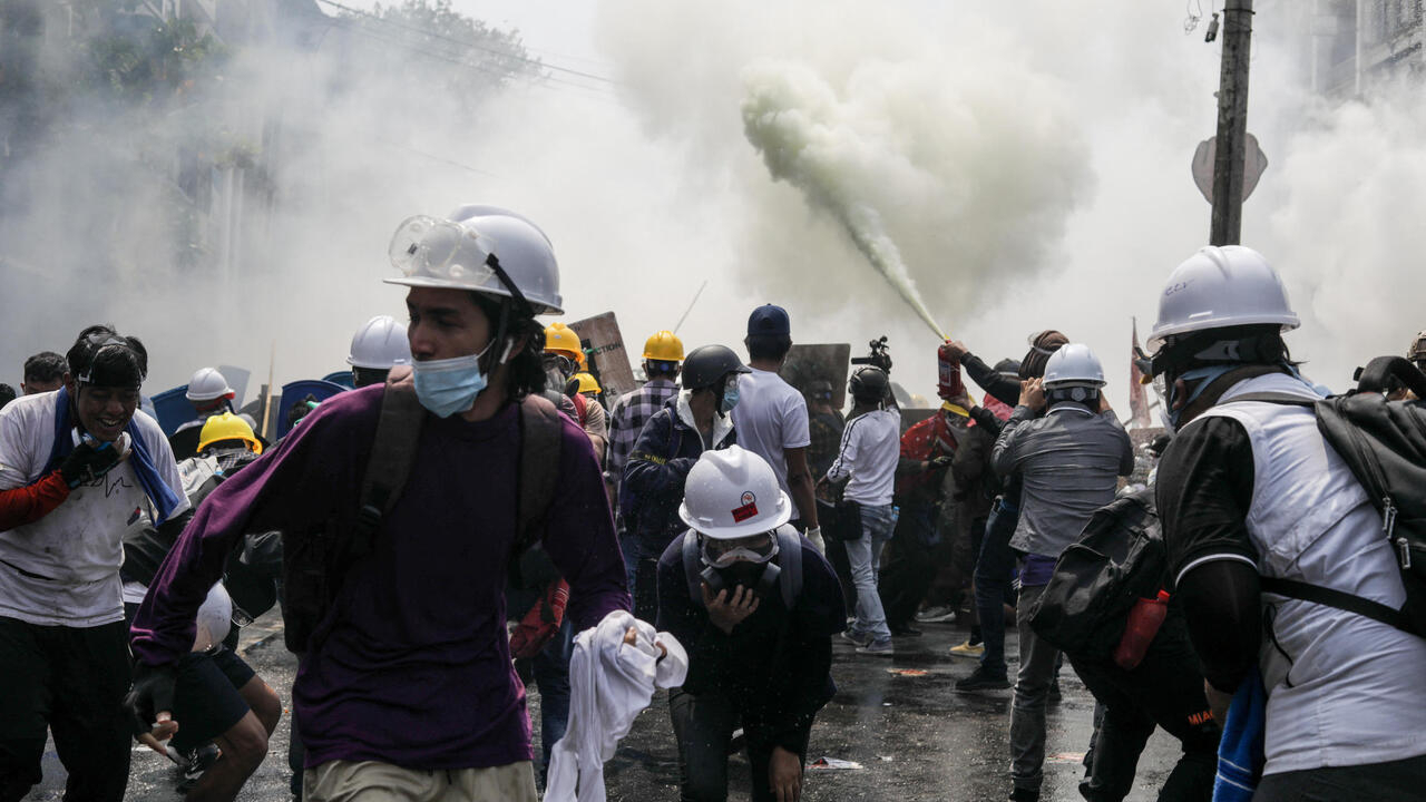 Anti-coup protesters clash with security forces in Myanmar
