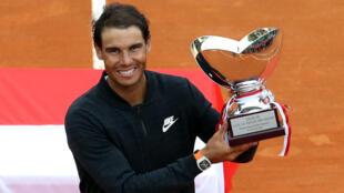 L'Espagnol Rafael nadal a remporté  le Masters 1000 de Monte-Carlo pour la dixième fois de sa carrière, le 23 avril 2017.