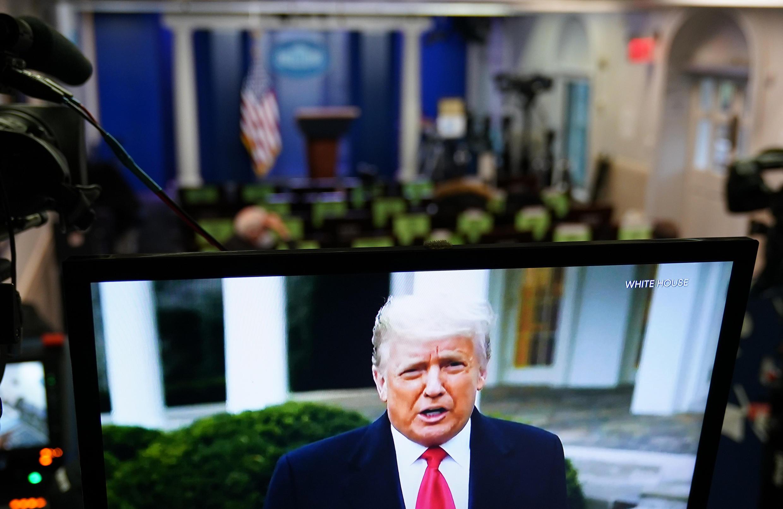 Le président Donald Trump s'adresse à ses partisans dans une vidéo supprimée par Twitter, Facebook et Youtube, le 06 janvier 2021