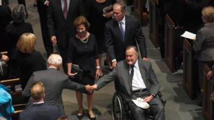 George Bush lors des funérailles de son épouse Barbara, le 21 avril 2018.