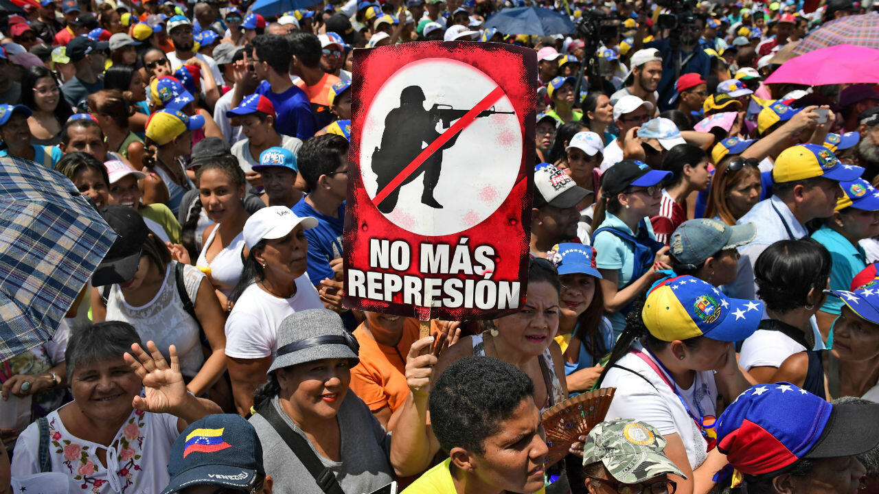 Los partidarios del líder opositor venezolano, Juan Guaidó, protagonizaron un mitin en el estado Miranda, en Venezuela, el 18 de mayo de 2019.