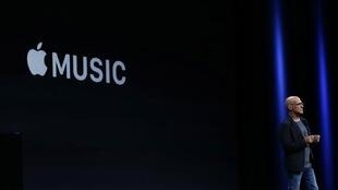 Johnny Iovine announces Apple Music during Apple WWDC on June 8, 2015 in San Francisco, California.