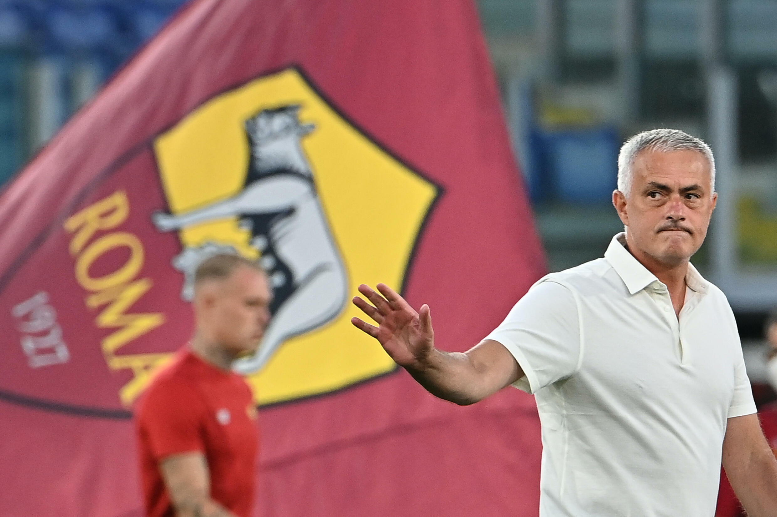 After 995 matches, Mourinho 'calm' ahead of competitive Roma bow - France 24
