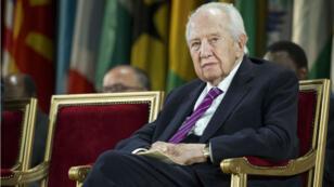 الرئيس البرتغالي الأسبق الراحل ماريو سواريز