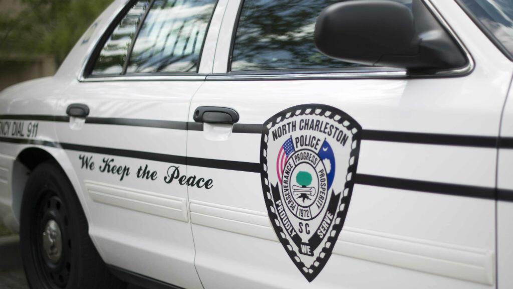 Le policier blanc inculpé et emprisonné pour la mort d'un homme noir, a été renvoyé par la police de North Charleston, en Caroline du Sud, le 8 avril 2015.
