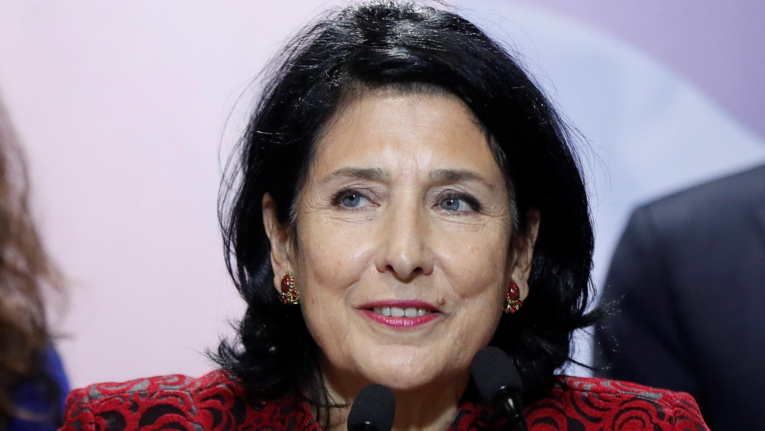 Salomé Zourabichvili, la candidate du parti au pouvoir, s'exprime après les résultats le 28 novembre 2018.