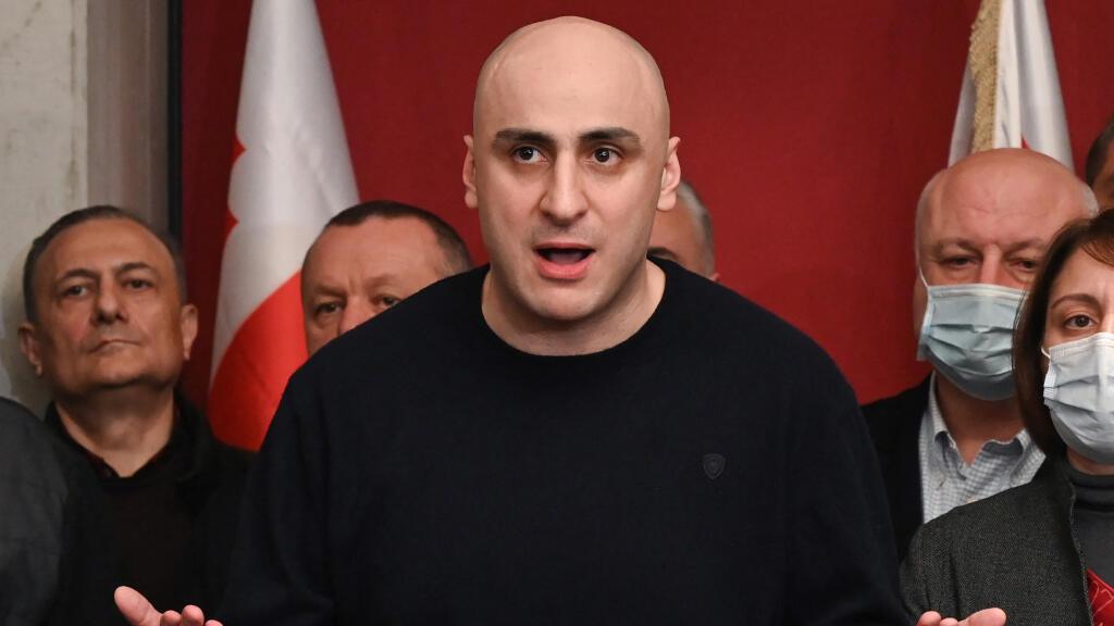 Melia, presidente del partido opositor Movimiento Nacional Unido, ha sido acusado de incitar a la violencia en las protestas callejeras de junio de 2019, una acusación que él rechaza por considerarla políticamente motivada.