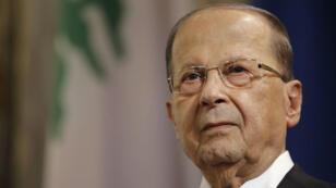 """Le président libanais Michel Aoun, ici en visite à Paris fin septembre 2017, estime que son Premier ministre est """"retenu"""" en Arabie saoudite."""