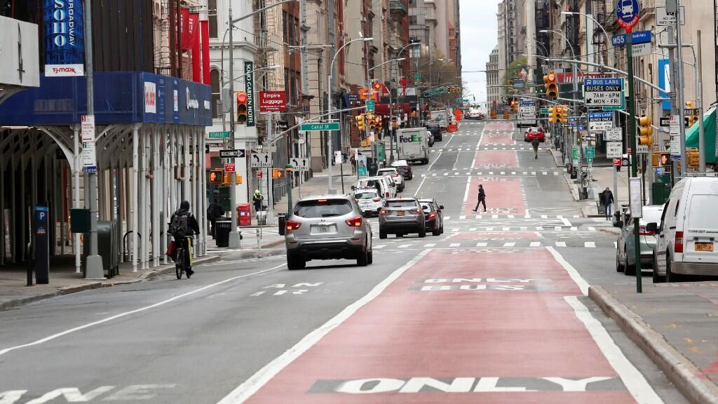 Imagen de Broadway, en Nueva York, en medio del confinamiento bajo el que se encuentra el estado. 27 de abril de 2020.
