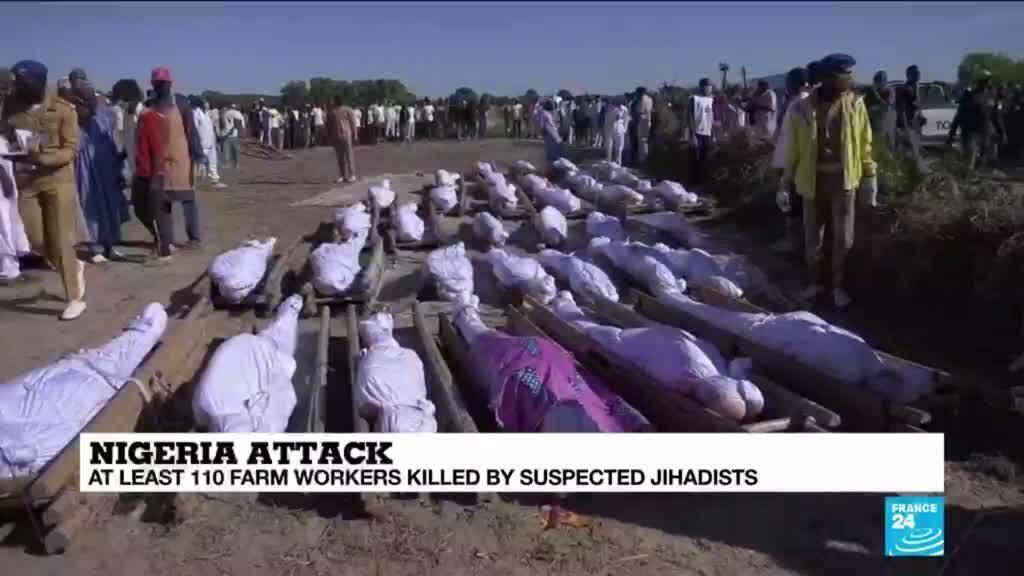 2020-11-30 10:09 Nigeria buries farmers killed in suspected Boko Haram attack