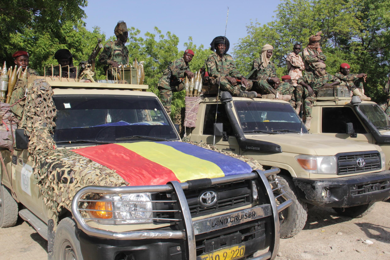 Archivo. Soldados chadianos que forman parte de la Fuerza de Tarea Conjunta multinacional que lucha contra Boko Haram en la región.