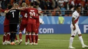 منتخب الدنمارك لم يقدم الكثير ولكنه حقق الأهم أمام بيرو