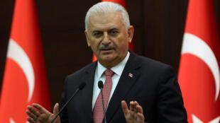 Le Premier ministre turc Binali Yildirim lors d'une conférence de presse à Ankara, le 27 juin 2016.