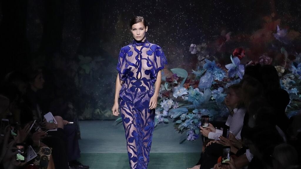 14dd87f6c In pictures: Bella Hadid, Kendall Jenner stun at Fendi and Elie ...