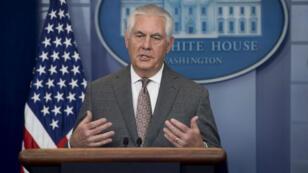 Le secrétaire d'État américain Rex Tillerson aurait congédié une centaine de diplomates, selon le New York Times.