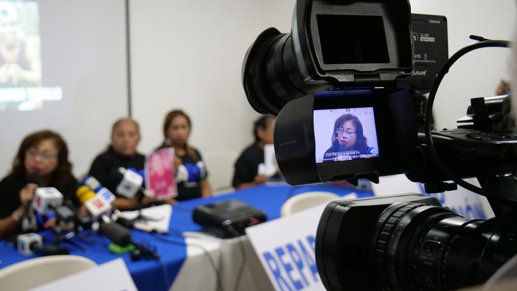 Josefa Meza en conferencia de prensa con AMA.