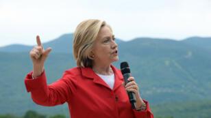 """""""Ils tentent de pirater tout ce qui bouge en Amérique"""", a lancé Hillary Clinton en parlant de la Chine, le 4 juillet."""