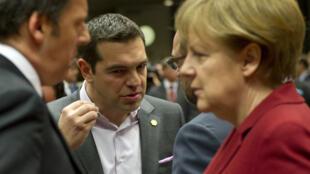 Le Premier ministre grec, Alexis Tsipras, doit s'entretenir, lundi à Berlin, avec la chancelière allemande Angela Merkel