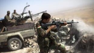 مقاتلون من البشمركة قرب الموصل في 9 أيلول/سبتمبر 2014